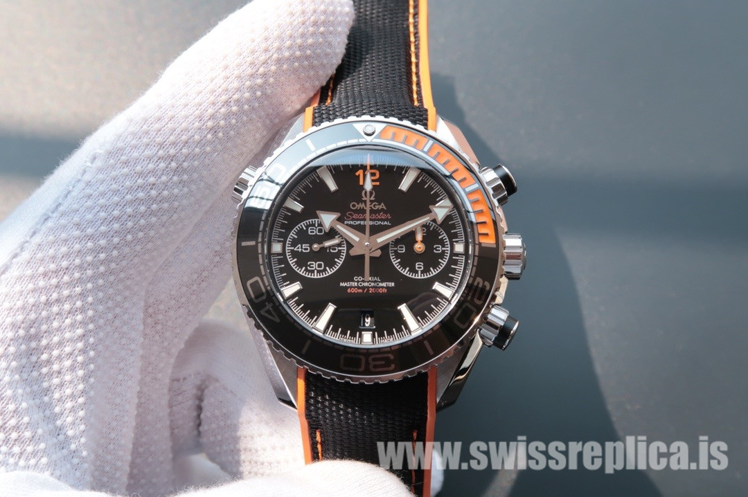 Omega Seamaster Planet Ocean 600M 215.32.46.51.01.001 Black Mechanical Watch